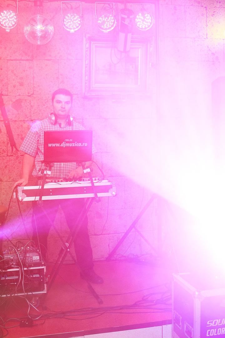 DJ nunta brasov sonorizare dj nunta DJ Nunta Brasov potrivit pentru evenimentul dumneavoastra IMG 4477