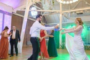 firma-dj-nunta-300x200 Tot ce trebuie sa stii cand alegi un DJ pentru nunta dj nunta Tot ce trebuie sa stii cand alegi un DJ pentru nunta firma dj nunta 300x200